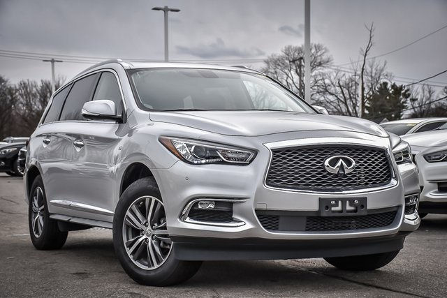 Certified Pre-Owned 2018 INFINITI QX60 Base