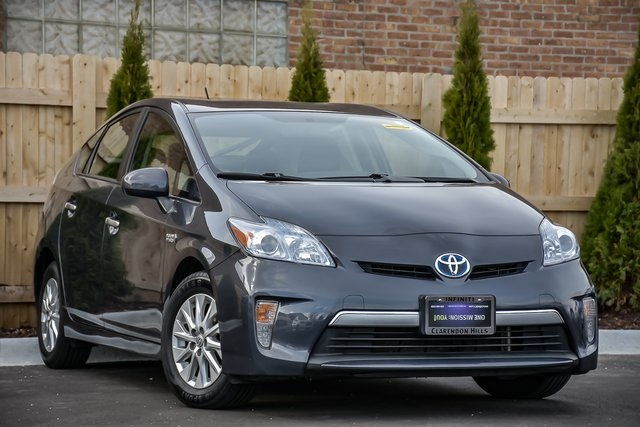 Pre-Owned 2015 Toyota Prius Plug-in Base
